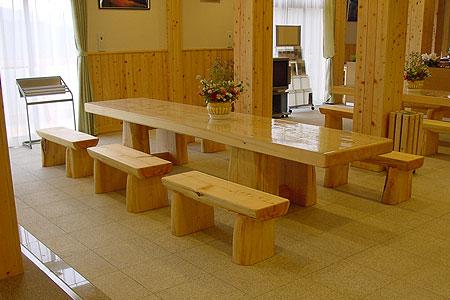 桧のテーブル&ベンチ
